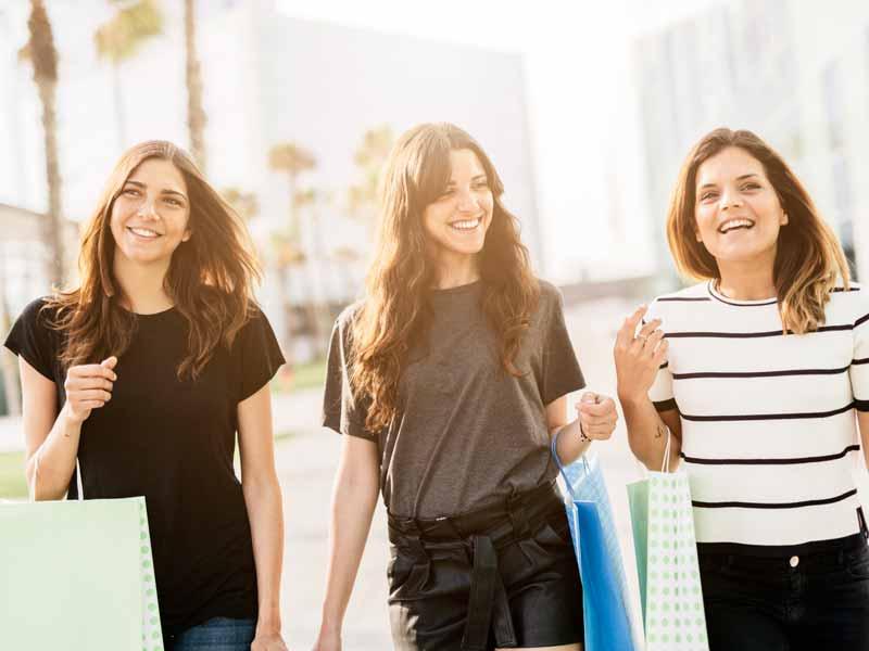 e6348ea4a أبرز المتاجر والمطاعم الجديدة في إمارتي الشارقة وعجمان